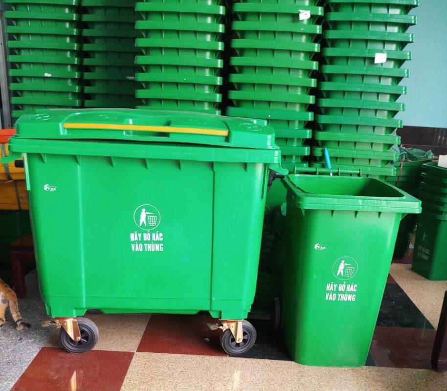 thùng rác nhưa công cộng 660 lit